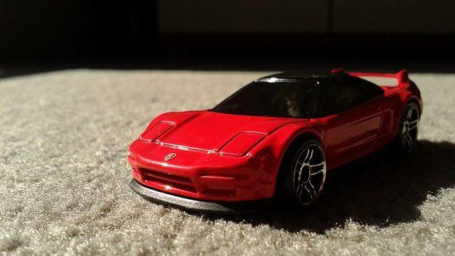 【車】ホンダ、10年ぶり復活の高級スポーツカー新型「NSX」 4月から量産、米に専用工場 価格は約1700万~2300万円